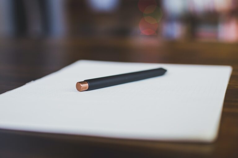 3 Tips for Maintaining Confidentiality with Therapy Notes